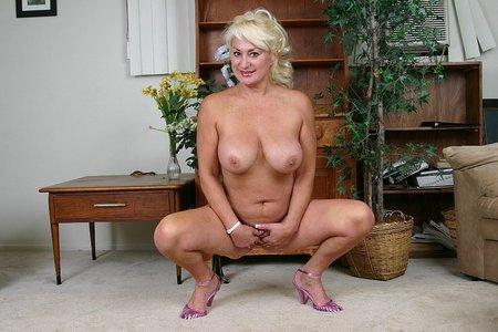 Blonde granny milf8